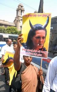 Indien støtter krigen i Sri Lanka